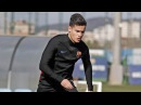 Coutinho First Training in Barcelona ft Luis Suarez Messi Dembele 15 01 2018