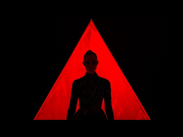 The Neon Demon (Sweet Tempest - MINE) 4K