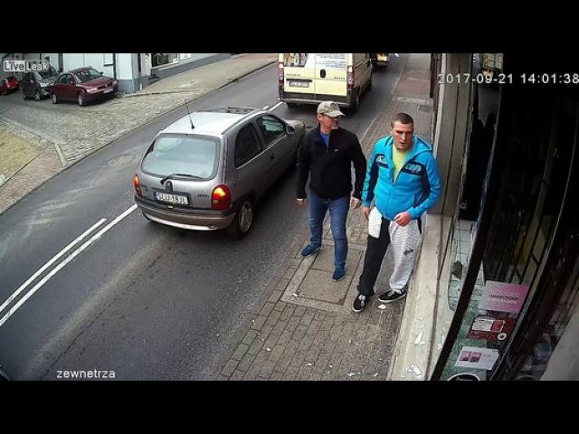VIDEO! Un golan care devastează un magazin își primește imediat răsplata - Film Dailymotion