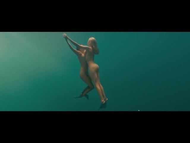 Deep in sea.. · Coub | Коуб | Девушка | Секс | Sex | Эротика | Видео | Голые | Под Водой | Плавают | Русалки | Попки | Сиськи