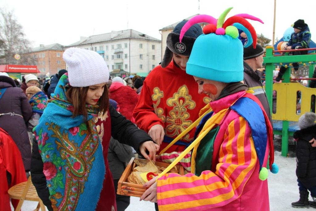 u2EBAus4tZI - Масленица 18 февраля на центральной площади пройдет «Широкая Масленица!». Внимание