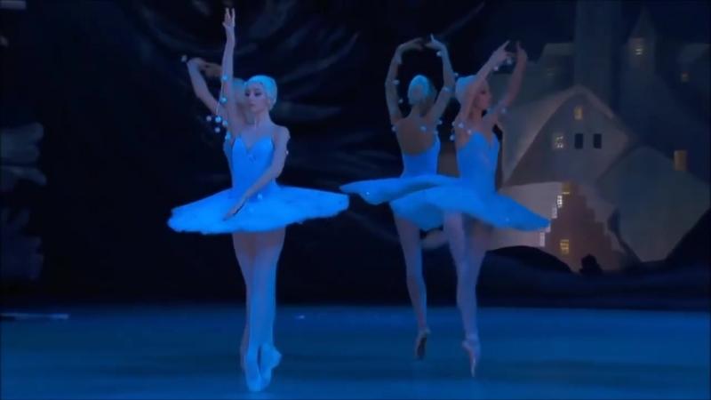 П.И. Чайковский. Вальс снежных хлопьев (танец снежинок) из балета Щелкунчик