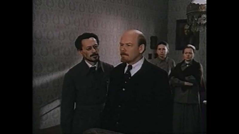 Красные колокола. Я видел рождение нового мира (1982) 2 – историческая кинодрама.