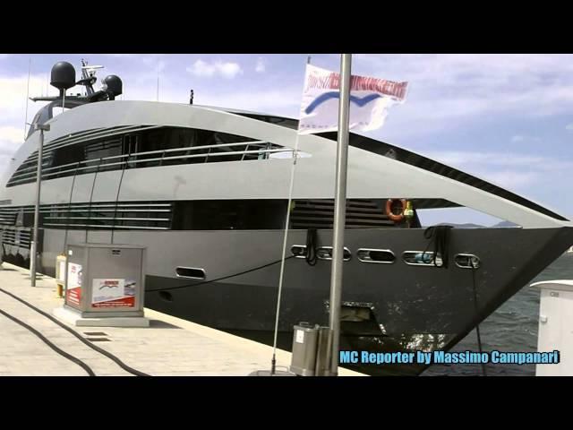 Sardegna 2014 Yacht Ocean Emerald Sapphire Design by Norman Foster