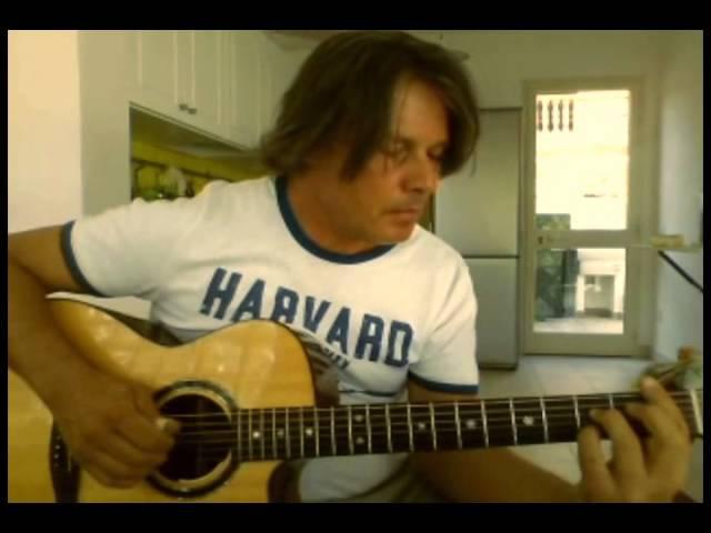 Fabrizio Pieraccini play Blue Moon ....arrangement by Tommy Emmanuel