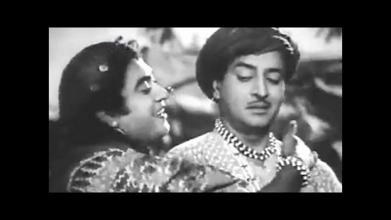 Aake Seedhi Lagi Kishore Kumar Pran Half Ticket Comedy Song