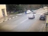 Сбил велосипедистов в Алуште (vk.com/fixter)