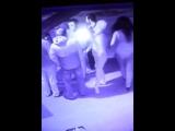 В Самаре на видео попал подросток, который бил девушек с срывал с них золото