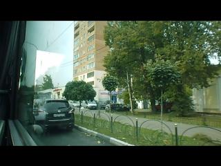 Стоянка авто на проезжей части дороги на Московском пр-те, напротив банка Москвы и Админстрации Пушкинского муниципального район