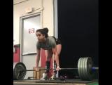 Айша Хейли тянет 190,5 кг