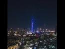 😍😍😍 В Дубае состоялось световое новогоднее шоу спроецированное на небоскрёб