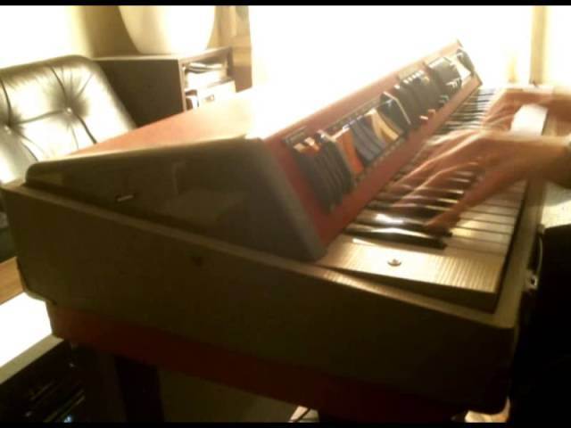WELTMEISTER TO 200/5 60's GDR Beat Organ Demonstration