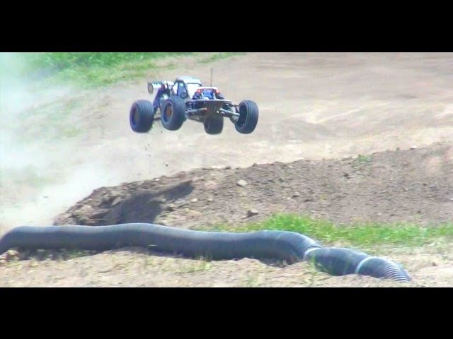 RC ADVENTURES - HPI Baja 5B SS Piped 2WD Gas Powered Racing Machine!