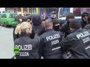 Berlin Marsch gegen fatale Flüchtlingspolitik von Gegnern gestoppt Sieben verletzte Polizisten