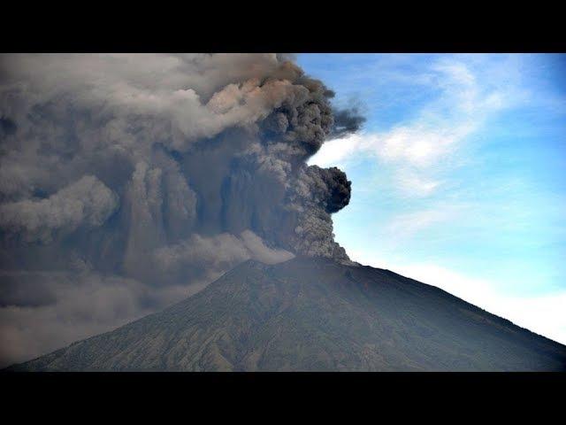 Извержение вулкана Агунг на острове Бали. Что произошло на Планете 27 ноября 2017 Mt....
