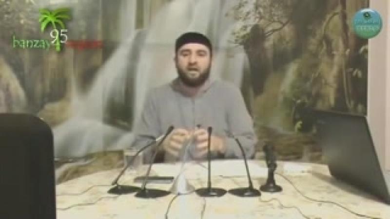 Ассаламу алейкум варохьматуЛлах кто знаеть названи нашида под видео напишите её под коментари?