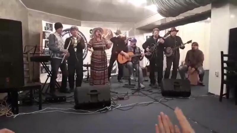 Кантри-фолк-группа Чистая Река ,Валерий Силин ,Александр Мичурин ,Рустэм Файрушин Все к нам
