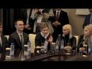 Мохаммед Амина с учениками СШ №130 г Минска имени Рут Уоллер
