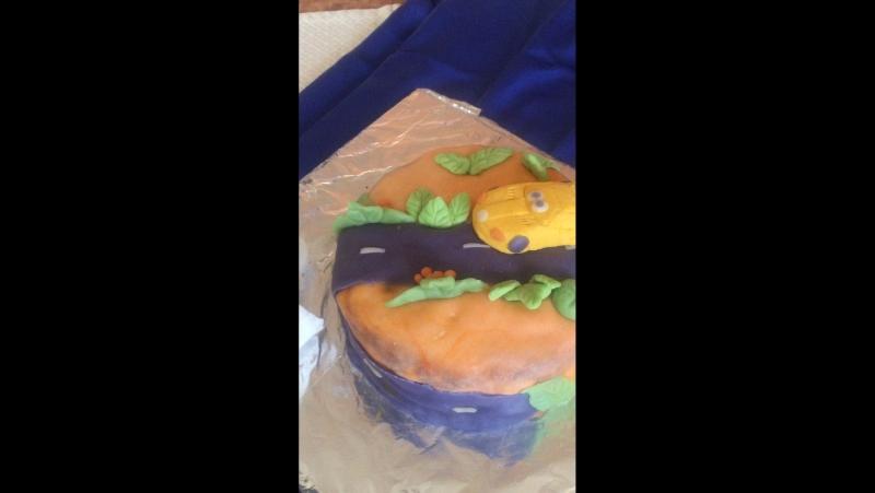 Тортик на день рождения Кирила