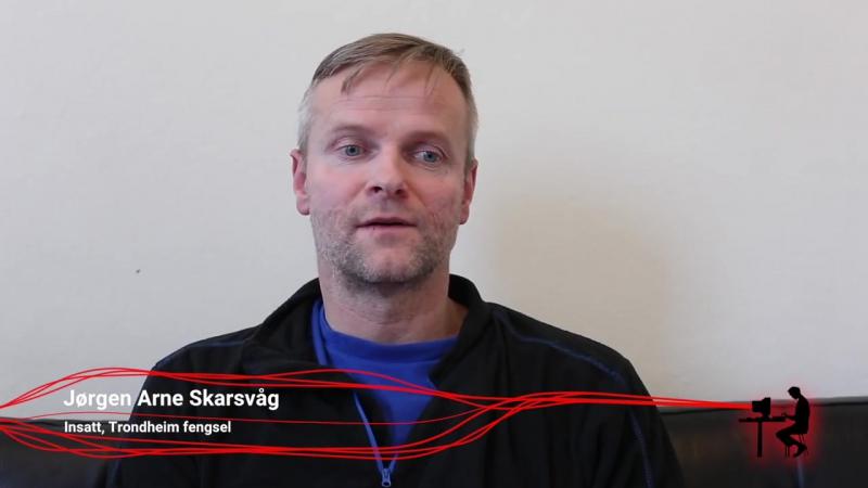 Under Angrep- Gunnar (42) lever for å plage politiet