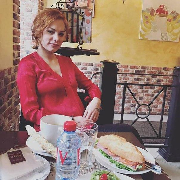 Звезда «Битвы экстрасенсов» Мэрилин Керро перестала скрывать беременность