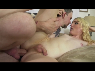 Transsexual Love Affair Kayleigh Coxx, Jenny Flowers, Alisia Rae, Cassie Woods https://vk.com/trans.trap.footfetish