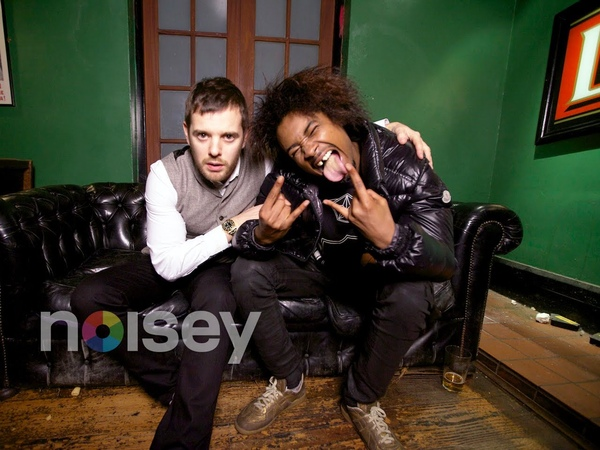 On Stage Handjobs - Danny Brown x Mike Skinner - Back Forth - Episode 10 - Part 1/4