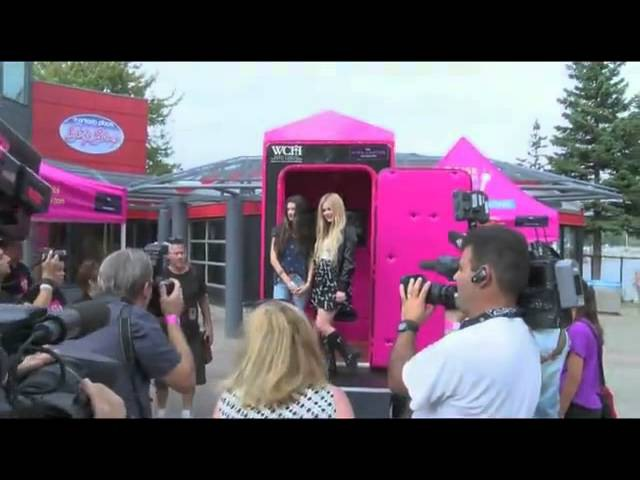 Avril Lavigne - Sing project @ Wham Bam Festival (31.08.2013)