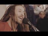 Потрясающий голос, блестящее исполнение - регги в парижском метро