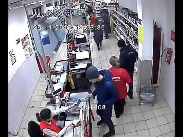 Грабитель распылил перцовый балончик в магазине «Магнит»