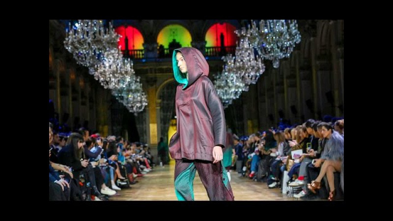 Issey Miyake Fall Winter 2017 2018 Full Fashion Show Exclusive