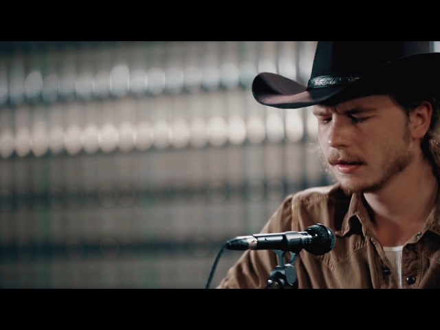 Brewery Sessions Colter Wall The Devil Wears a Suit and Tie