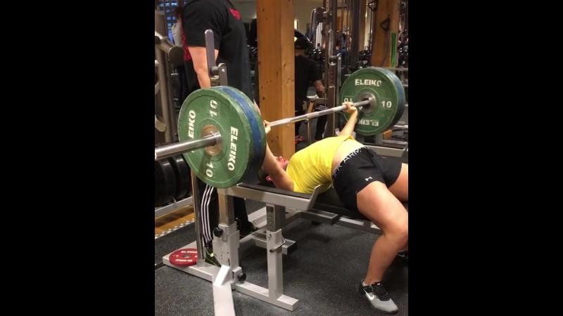 Вилма Олссон - жим лежа 100 кг на 5