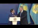 Нурсултан Назарбаев победил в армреслинге олимпийского чемпиона по борьбе