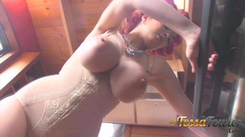 Tessa Fowler hair roller chic 2 erotic эротика fetish фетиш playboy model модель milf