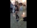 Танцует тёлка