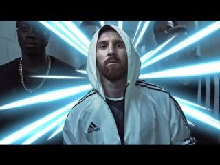 adidas football. #ясоздаю -- Лео Месси, Луис Суарес, Роберто Фирмино