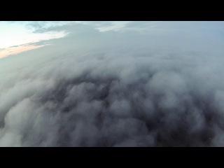Політ за хмари на мотопараплані