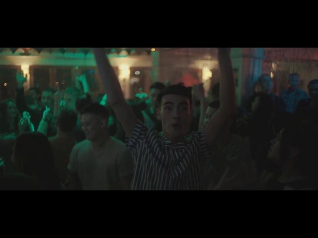 UNGARO AKI [DJ set in Chukotka Bar]