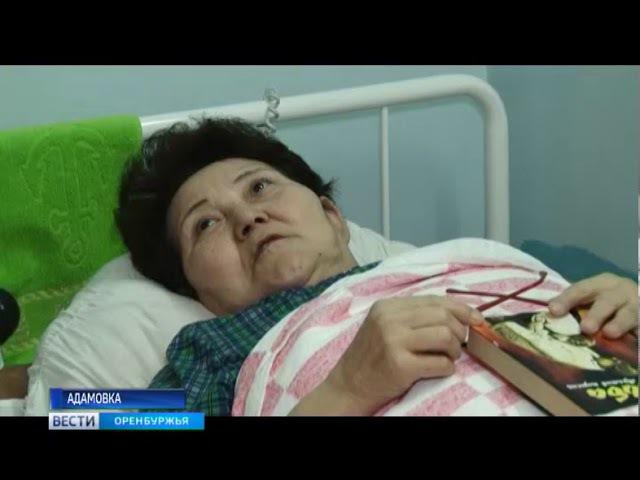 И священник, и хирург Вячеслав Кочкин из Адамовского района совмещает сразу дв ...
