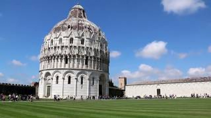 Piazza dei Miracoli (Piazza del Duomo) in Pisa, Tuscany, Italy with the Leaning Tower