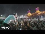 Enrique Iglesias - SUBEME LA RADIO ft. Descemer Bueno, Zion &amp Lennox (Tour Video)