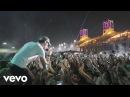 Enrique Iglesias SUBEME LA RADIO ft Descemer Bueno Zion Lennox Tour Video