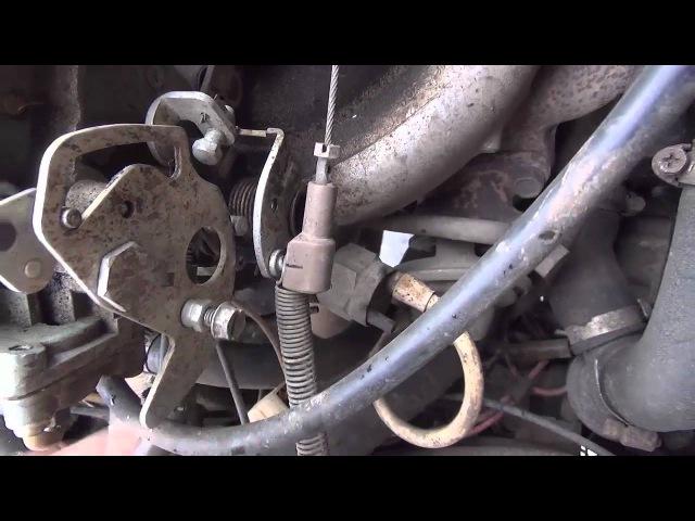 Одна из версий троссового привода на карбюраторе Солекс