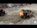 Съемка с вертолета на золотодобывающем руднике.mp4
