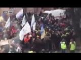Центр Киева весь в оцеплении силовиков