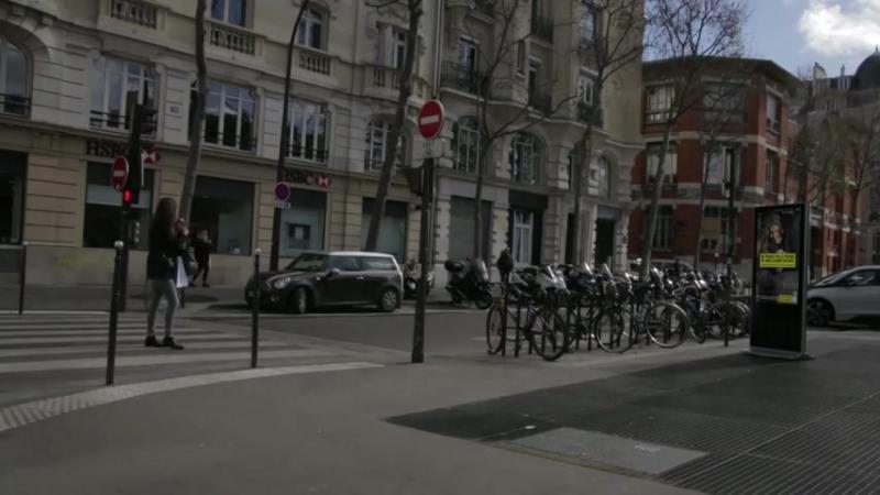 SECURITE ROUTIERE1Très efficace cette prévention En France, ils ont trouvé un moyen très efficace de faire respecter le feu