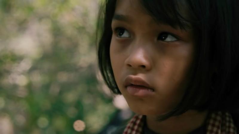 Сначала они убили моего отца: Воспоминания дочери Камбоджи - трейлер