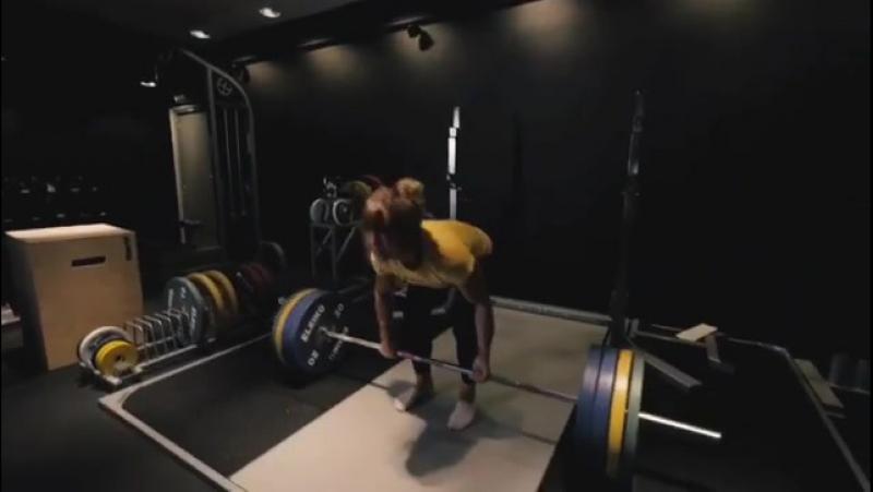 Изабелла фон Вайзенберг - тяга 150 кг на 10