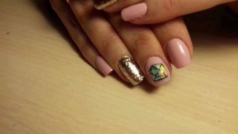 3Д рисунок на ногтях)